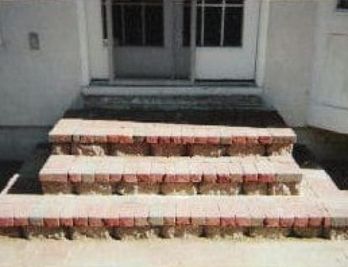 Incorporating clay bricks as a step design leading up to doorway
